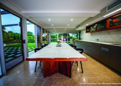 Long Wooden Kitchen Table and Chairs | Dekton