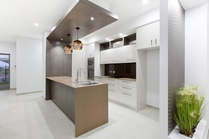 gallery kitchen Hargrave duplex (Renovation Specialists)
